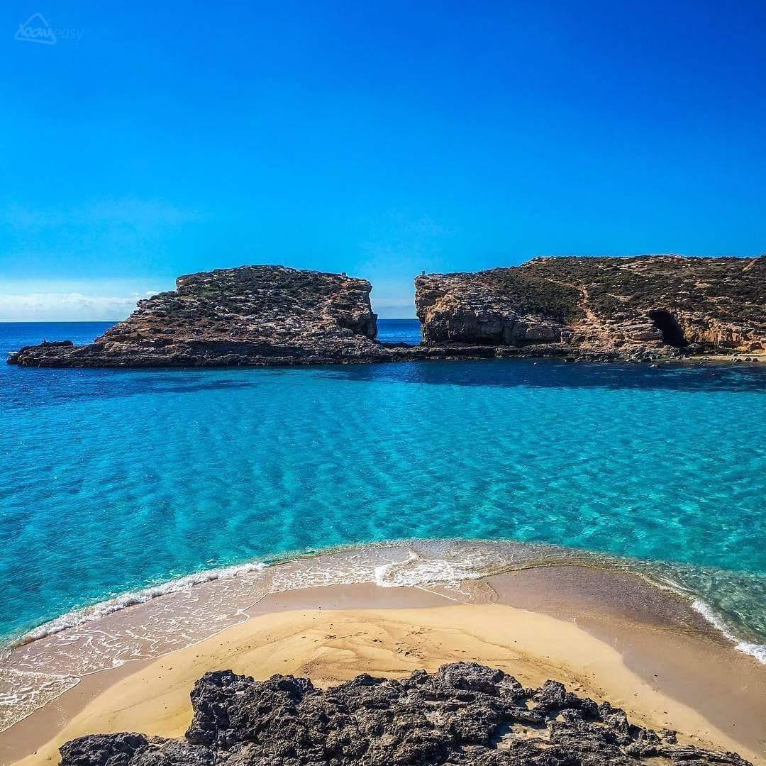Full day Comino(Blue Lagoon, Santa Maria Bay), Caves – SEAHORSE Cruise